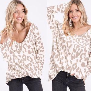 TILLY leopard Print Knit top